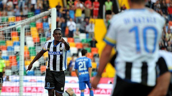 """Zapata punta il Napoli: """"Vorrei segnare"""""""