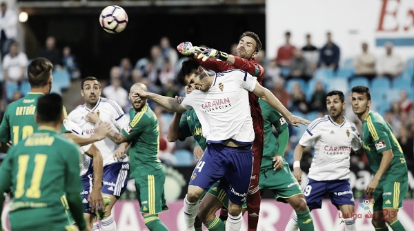 Previa Real Zaragoza vs Cádiz CF: una Copa para aliviar la crisis
