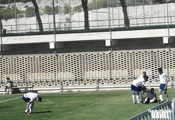 El Real Zaragoza B se lleva la victoria tras golear al Illueca