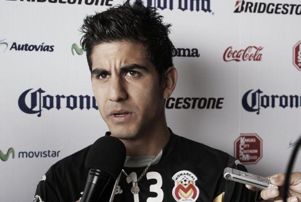 """Jorge Zárate: """"No nos pueden seguir haciendo goles"""""""