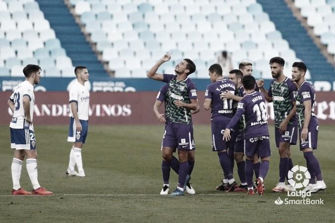 Jugadores del Málaga CF celebrando gol el de Chavarría. / Foto: LaLiga.