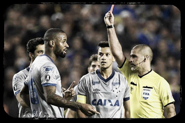 Expulsão é anulada e Dedé está livre para jogar Libertadores pelo Cruzeiro