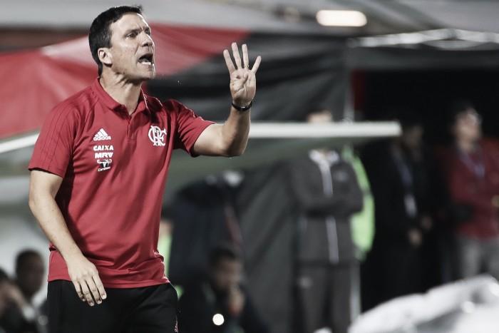 """Mesmo com classificação, Zé Ricardo desaprova atuação do Fla: """"Não estamos satisfeitos"""""""