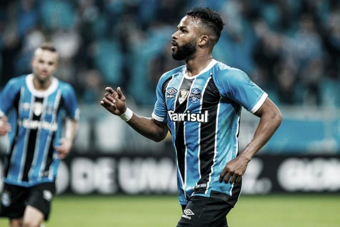"""Fernandinho celebra vitória do Grêmio e projeta duelo com Timão: """"Brasileirão é só pedreira"""""""