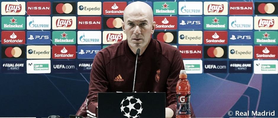 Zidane en la rueda de prensa previa al partidos de Champions contra el Shakhtar Donetsk | Fuente: Real Madrid.