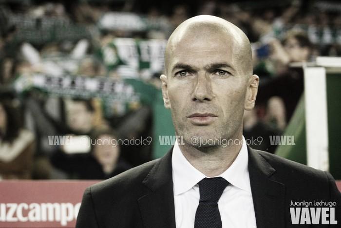 """Zidane: """"Tengo 24 jugadores y todos son de calidad"""""""