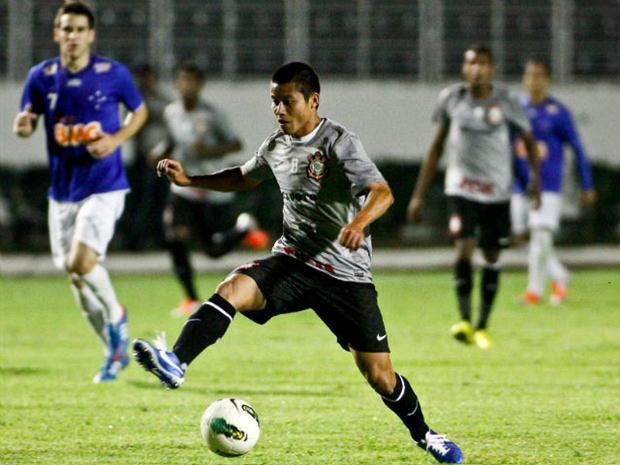 Sem Paulinho e Guerrero, Corinthians visita Cruzeiro em Sete Lagoas