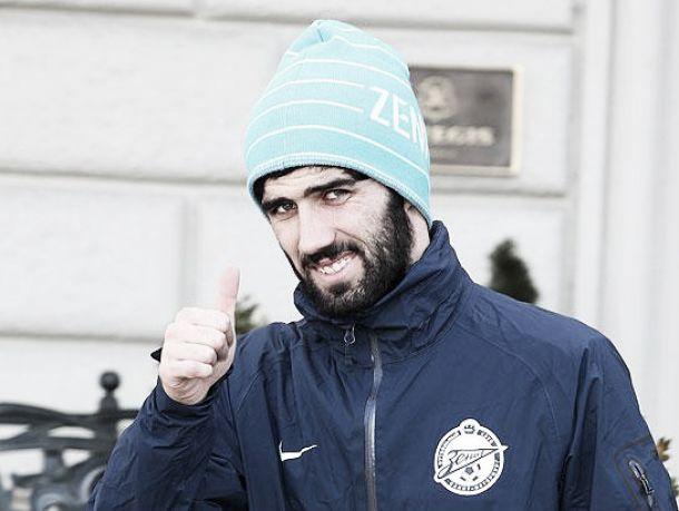 Luis Neto tem acordo com o Olympiakos
