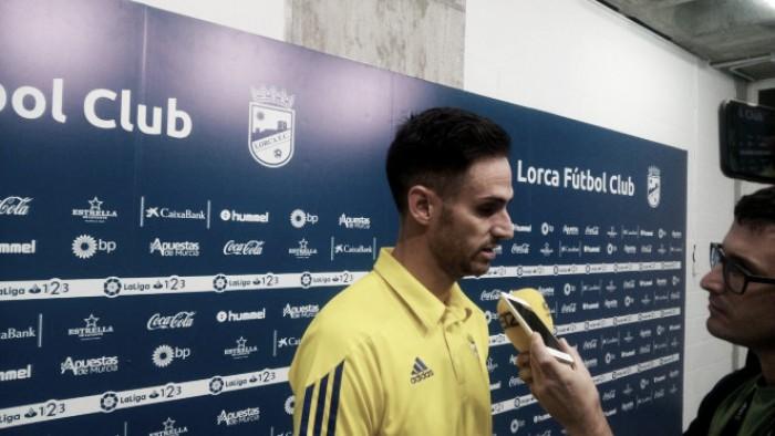 Rubén Cruz y Alberto Perea pasan por zona mixta