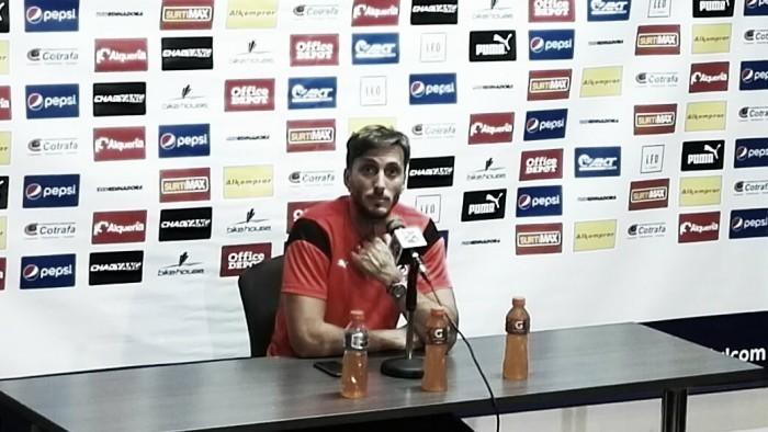 """Luis Zubeldía: """"Tenemos una delantera que tratamos de aceitarla para ir mejorando"""""""