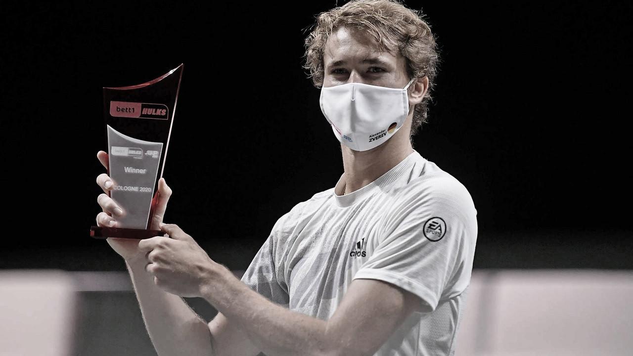 Alexander Zverev levantando el trofeo de Colonia. (Fuente: ATP Tour)