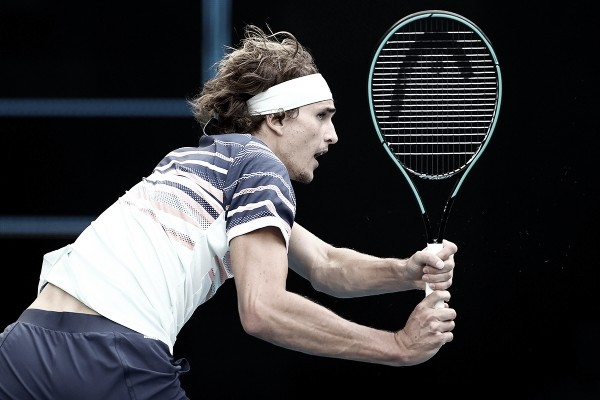 Zverev arrasa Verdasco e chega às oitavas do Australian Open sem perder sets