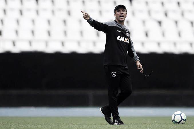 Zé Ricardo não resiste à nova eliminação precoce no ano e é demitido do Botafogo