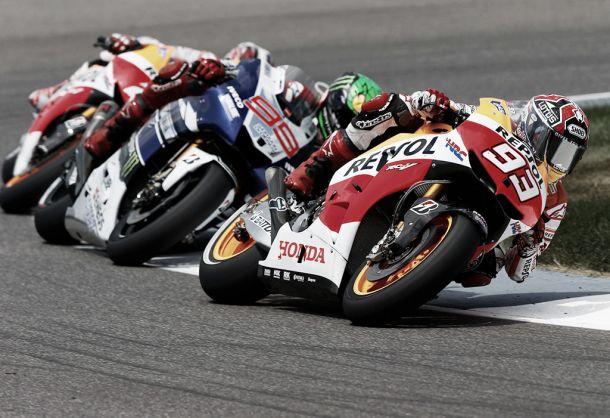 Moto GP Gran Premio di Silverstone 2015: Podio tutto italiano, Rossi davanti a Petrucci e Dovizioso