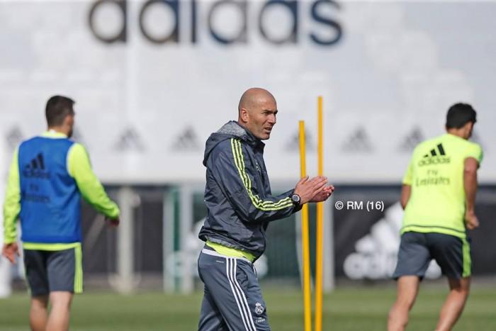 Zidane sigue preparando el Clásico ya con varios internacionales