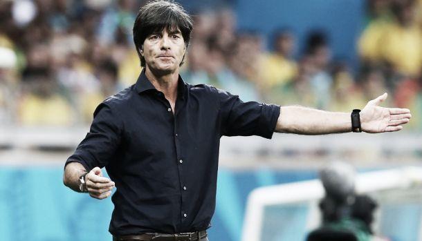 Löw comemora classificação mas pede humildade e foco aos jogadores alemães